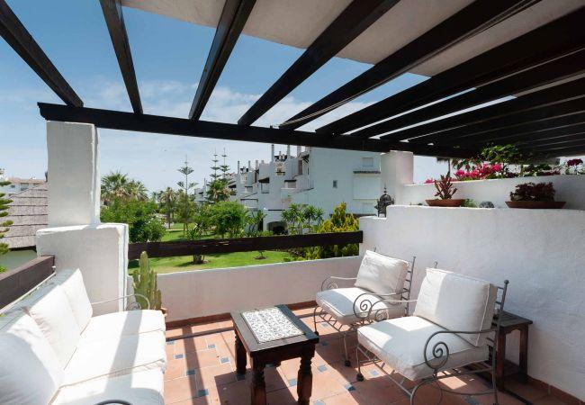 in San Pedro de Alcántara - 52 - Frontline Beach Apartment